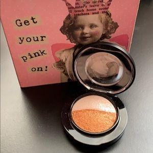 MAC Cosmetics mineralized eyeshadow duo